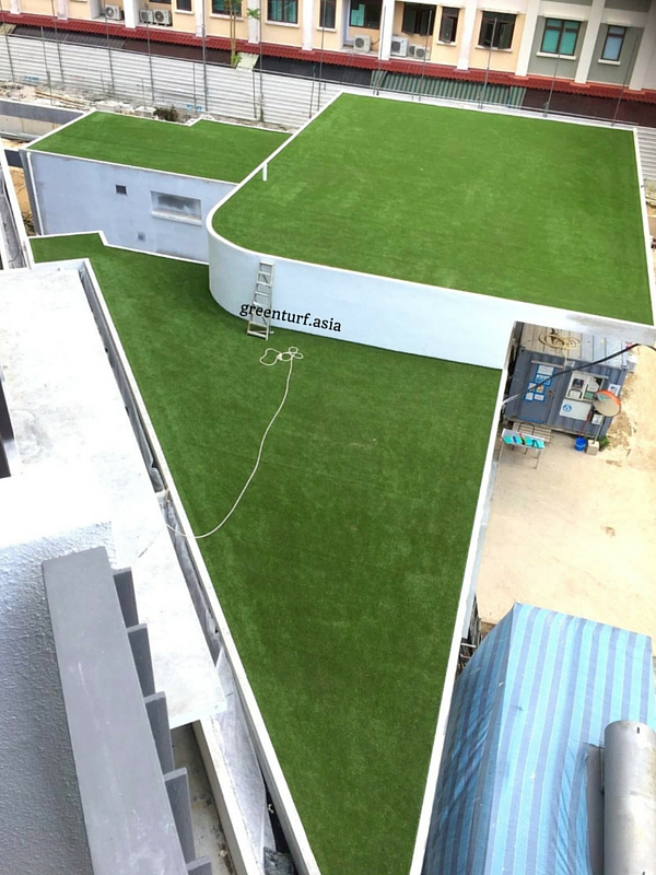 Accentuating Rooftop Lines with GreenTurf Synthetic Turf